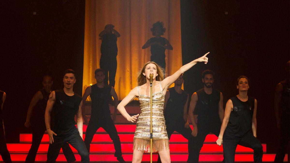 Aline (Valérie Lemercier). CANNES 2021 – Sesión Oficial (Fuera de Concurso)